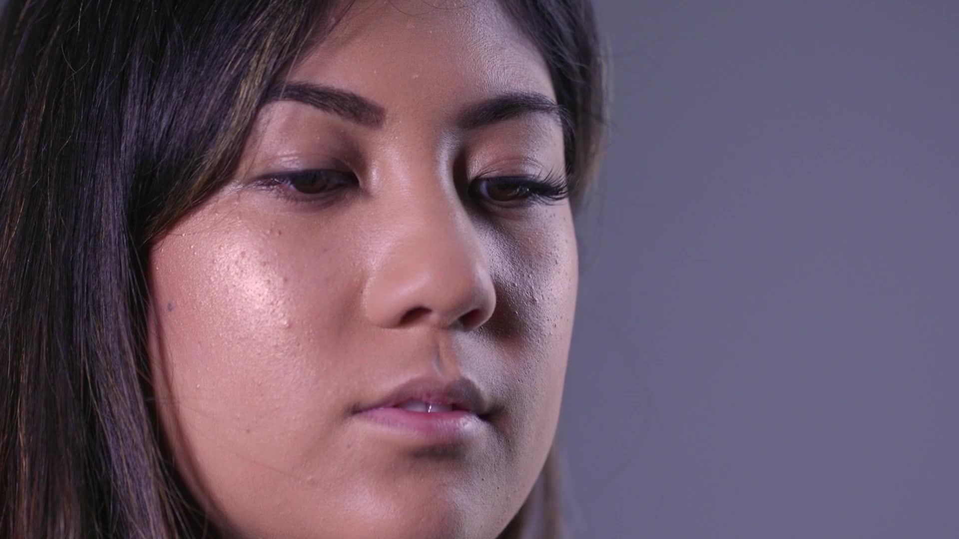 How To Apply Magnetic False Eyelashes